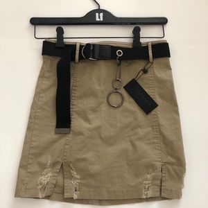 New Carmar Front Slip Fitted Skirt W/ Chain